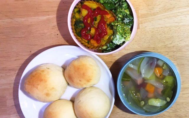 スパニッシュオムレツ風、お豆のスープほか