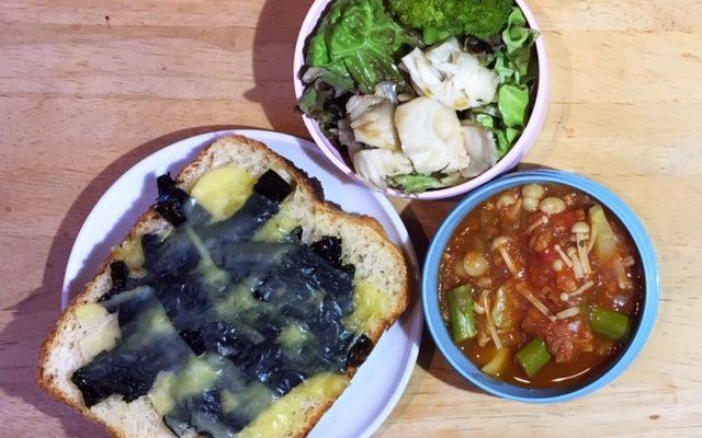 海苔チーズトースト、しゃぶしゃぶ風グリーンサラダほか
